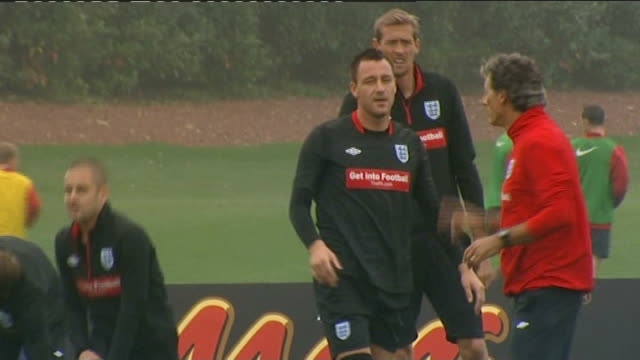 run up to chelsea v copenhagen match ext john terry training - regione dell'oresund video stock e b–roll