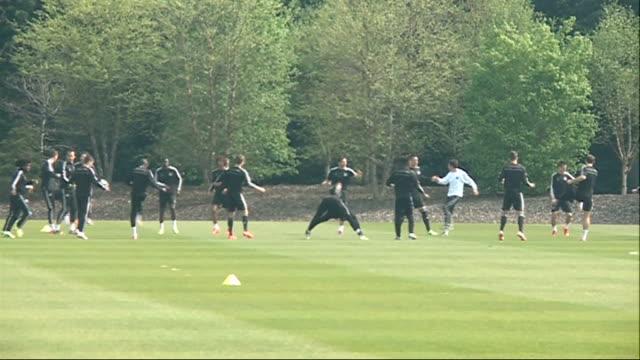 semi finals 2142014 england surrey cobham ext wide shots of chelsea players training on pitch - コブハム点の映像素材/bロール