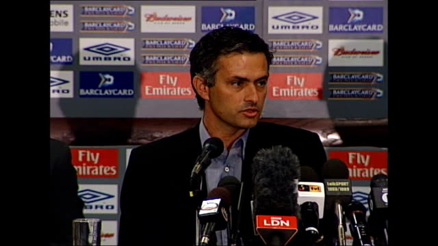 Chelsea beat Barcelona to reach final TX ENGLAND London Stamford Bridge PHOTOGRAPHY *** Jose Mourinho press conference SOT I think I'm a special one...
