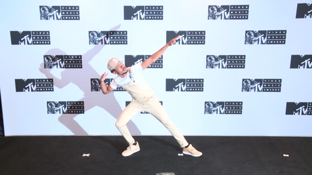 chance the rapper at 2016 mtv video music awards press room at madison square garden on august 28 2016 in new york city - new chance stock videos & royalty-free footage