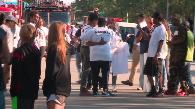 chance the rapper with fans at bud billiken parade in chicago on august 12, 2017. - chance the rapper stock videos & royalty-free footage