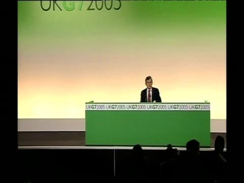 vídeos y material grabado en eventos de stock de chancellor gordon brown at press conference after chairing g7 summit with world finance ministers - presidente de organización