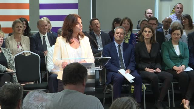 vídeos de stock, filmes e b-roll de change uk formed by breakaway mps from britain's two main parties disgruntled at their stances on brexit unveils a roster of candidates at an event... - southwest usa