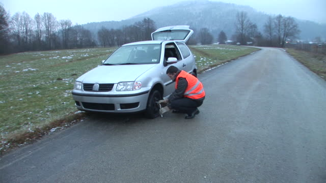 HD STEADYCAM: Changing The Tire