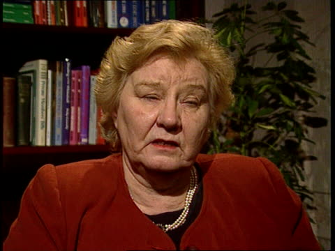 channel tunnel fire cms gwyneth dunwoody mp intvwd sot they were very lucky - mp stock-videos und b-roll-filmmaterial