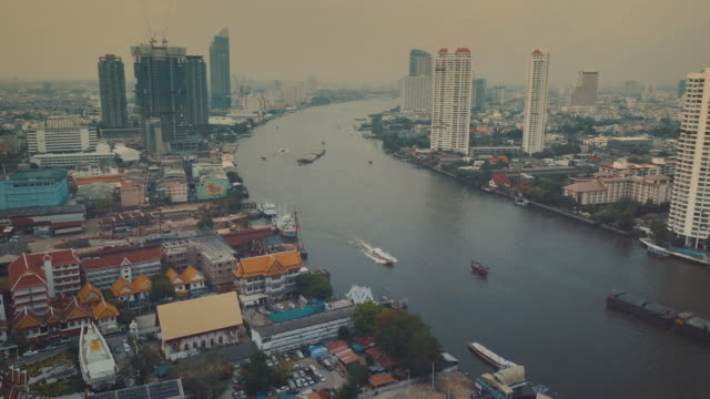 Chao Phraya River, Antenne Kamerafahrt durch Bangkok