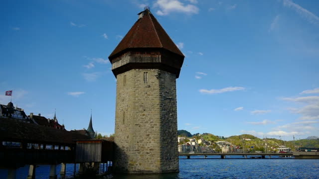 chapel bridge (kapellbrücke) bridge over the reuss river - lake lucerne stock videos & royalty-free footage