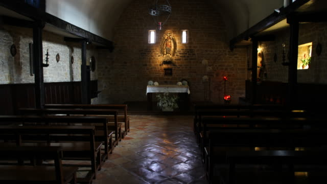 chapel of our lovely lady in olatz, spain - altare video stock e b–roll