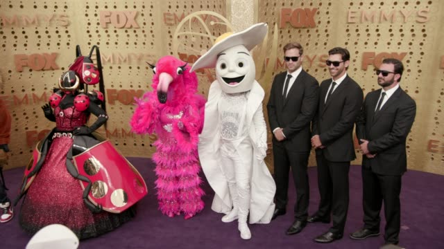 vídeos y material grabado en eventos de stock de characters from the masked singer at the 71st emmy awards - arrivals at microsoft theater on september 22, 2019 in los angeles, california. - premios emmy