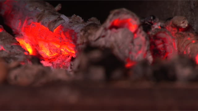 charcoal heat (loopable, hd, close up, copy space) - anthracite coal stock videos & royalty-free footage