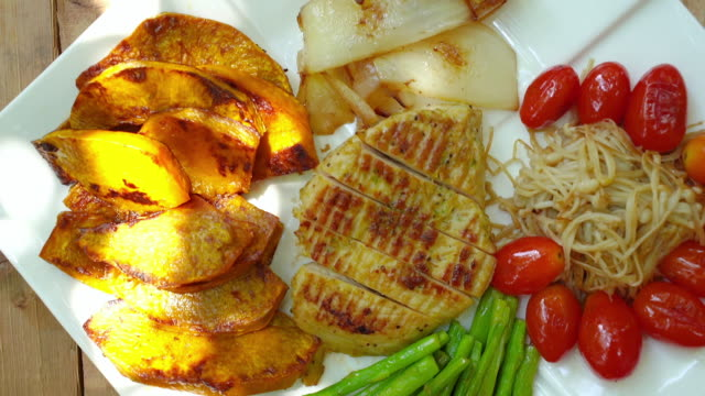 chargrilled tender chicken fillet , low carb diet food - low carb diet stock videos & royalty-free footage
