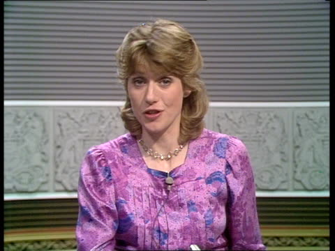 stockvideo's en b-roll-footage met diary of the day part three england london itn int selina scott in studio sot - selina scott