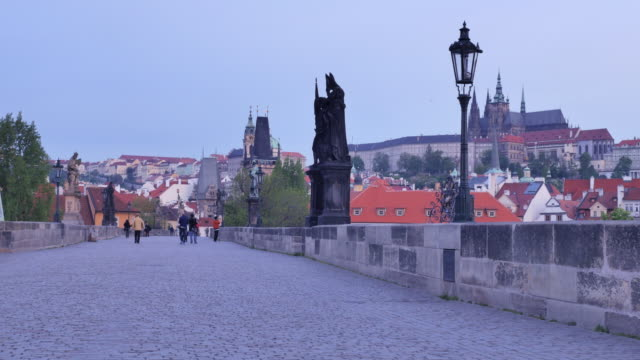 charles bridge, prague, czech republic - stare mesto stock videos & royalty-free footage