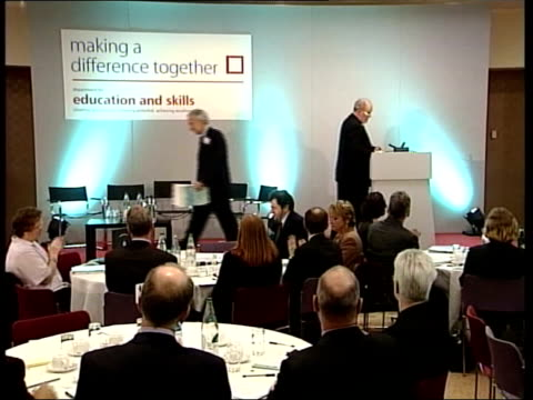 charles clarke mp to podium charles clarke mp speech sot - talks of having to meet with gordon brown to discuss education funding - charles clarke uk politician stock videos & royalty-free footage