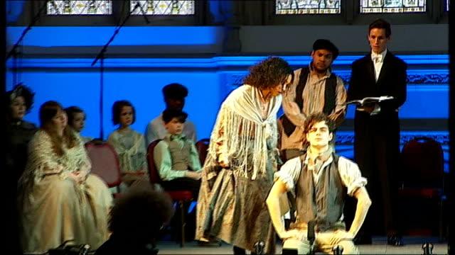 charles dickens bicentenary celebrations: guildhall performance in front of queen elizabeth; dress rehearsal ** music heard sot ** - charles dickens bildbanksvideor och videomaterial från bakom kulisserna
