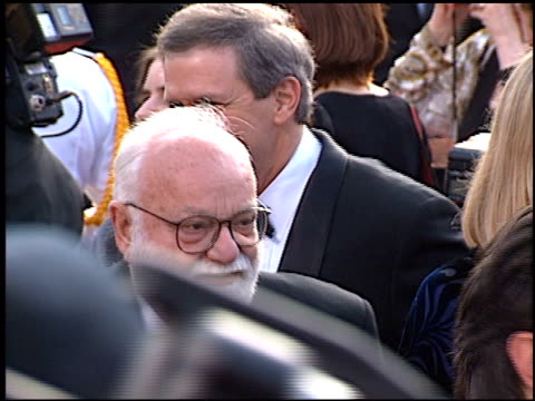 stockvideo's en b-roll-footage met charles gibson at the 1997 academy awards arrivals at the shrine auditorium in los angeles california on march 24 1997 - 69e jaarlijkse academy awards