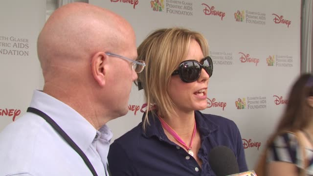 charles lyons tea leoni at the 21st annual 'a time for heroes' celebrity picnic benefit at los angeles ca - a time for heroes stock videos & royalty-free footage