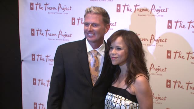 charles robbins and rosie perez at the 8th annual trevor project new york gala at new york ny. - rosie perez stock videos & royalty-free footage