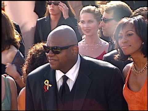 charles s dutton at the 2000 emmy awards at the shrine auditorium in los angeles, california on september 10, 2000. - shrine auditorium video stock e b–roll