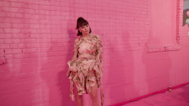 charli xcx at pandora street of loves in los angeles ca - charli xcx stock videos & royalty-free footage