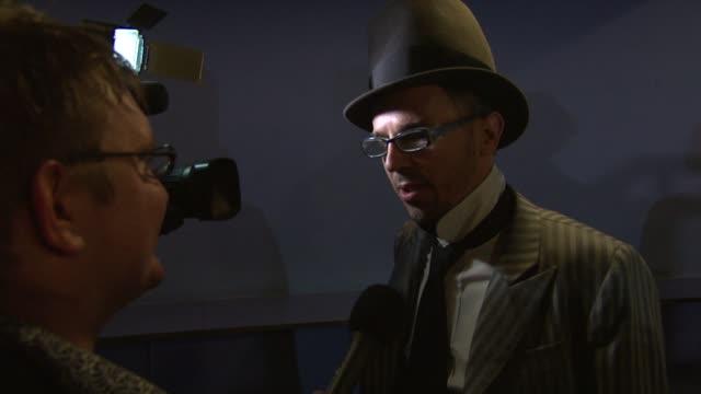 vidéos et rushes de charlie creed-miles at wild bill uk premiere at the cineworld haymarket on march 20, 2012 in london, england - haymarket