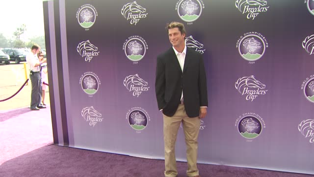 charlie o'connell at the breeders' cup world thoroughbred championships at arcadia ca. - championships stock videos & royalty-free footage