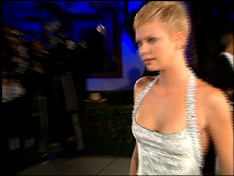 charlize theron at the 1998 academy awards vanity fair party at morton's in west hollywood, california on march 23, 1998. - 第70回アカデミー賞点の映像素材/bロール