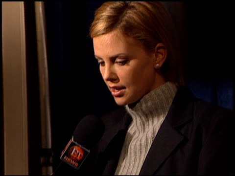 charlize theron at the hfpa cecil b demille award at the beverly regent hotel in beverly hills, california on november 16, 2000. - charlize theron stock videos & royalty-free footage