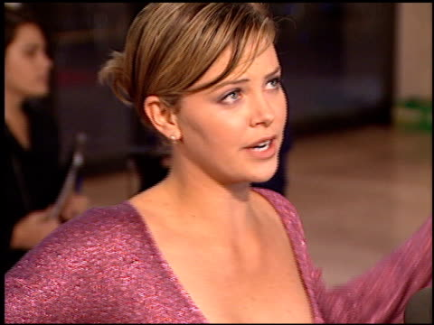 charlize theron at the 'that thing you do' premiere at cineplex odeon in century city california on october 1 1996 - odeon kinos stock-videos und b-roll-filmmaterial