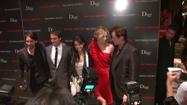 charlize theron, michelle rodriguez, ray liotta, stuart townsend, martin henderson at the the cinema society and dior beauty host a screening of... - スチュワート タウンゼント点の映像素材/bロール