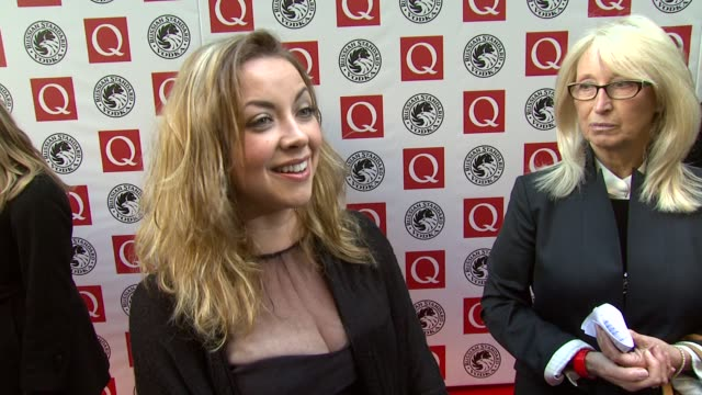 vídeos y material grabado en eventos de stock de charlotte church on whether she'd hand out her new album at the awards at the q awards at london england. - charlotte church