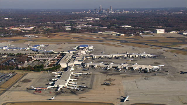 charlotte douglas international airport  - aerial view - north carolina,  mecklenburg county,  united states - charlotte north carolina stock videos & royalty-free footage