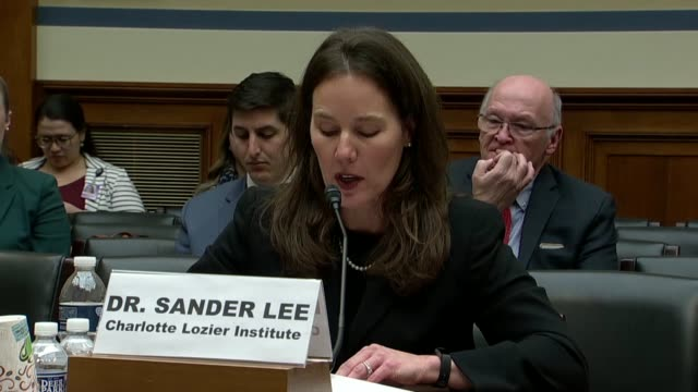 vidéos et rushes de charlotte lozier institute associate scholar tara sander lee says at a house oversight and government reform subcommittee hearing on fetal tissue... - virus zika