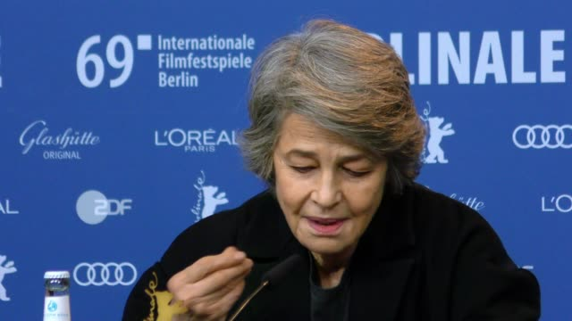 charlotte rampling attends the hommage charlotte rampling press conference during the 69th berlinale international film festival berlin at grand... - charlotte rampling stock videos & royalty-free footage