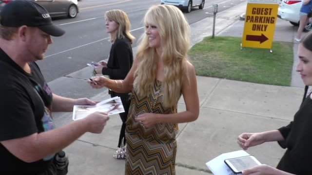 charlotte ross at the she's funny that way premiere at harmony gold in west hollywood at celebrity sightings in los angeles on august 19, 2015 in los... - she's funny that way点の映像素材/bロール