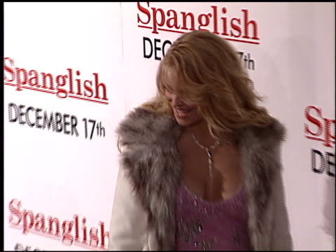 charlotte ross at the 'spanglish' premiere on december 9 2004 - spanglish stock videos & royalty-free footage