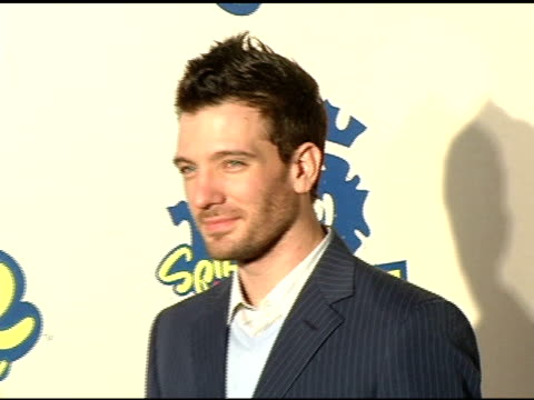 jc chasez at the 2004 video game awards at barker hanger in santa monica california on december 14 2004 - jc chasez stock-videos und b-roll-filmmaterial