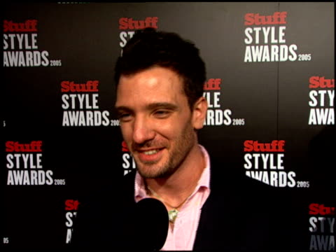 jc chasez at the 2005 stuff style awards arrivals at the roosevelt hotel in hollywood california on september 7 2005 - jc chasez stock videos & royalty-free footage