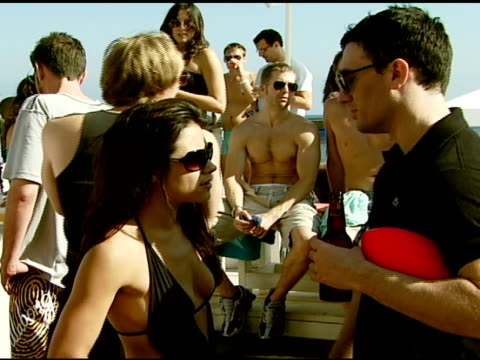 jc chasez at the diesel bbq at the polaroid beach house at polaroid beach house in malibu california on august 11 2007 - jc chasez stock videos & royalty-free footage