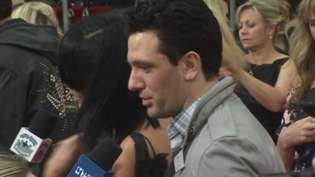 jc chasez at the 'michael jackson's this is it' premiere at los angeles ca - jc chasez stock-videos und b-roll-filmmaterial