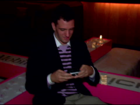 jc chasez at the polaroid lounge and gifting suite at marquee in new york new york on august 30 2006 - marquee nightclub manhattan stock-videos und b-roll-filmmaterial