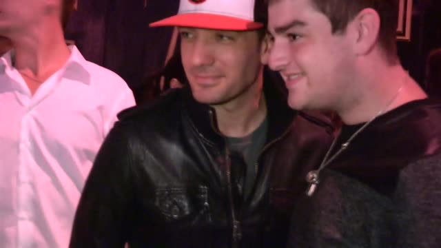jc chasez greets fans at bootsy bellows in west hollywood 08/09/13 - jc chasez stock-videos und b-roll-filmmaterial