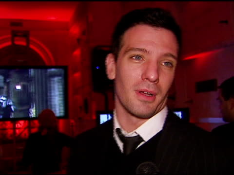 jc chasez on the game and the event at the xbox 360 'gears of war' launch at hollywood forever cemetery in los angeles california on october 25 2006 - jc chasez stock-videos und b-roll-filmmaterial