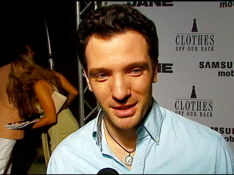 jc chasez what he does for fun at the jane magazine's 'go naked' party at private residence in beverly hills california on july 20 2006 - jc chasez stock-videos und b-roll-filmmaterial