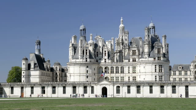 vidéos et rushes de chateau de chambord - château