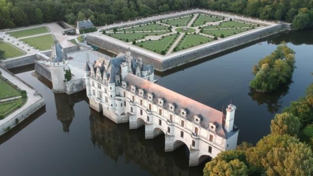 vídeos de stock e filmes b-roll de chateau de chenonceau - vala