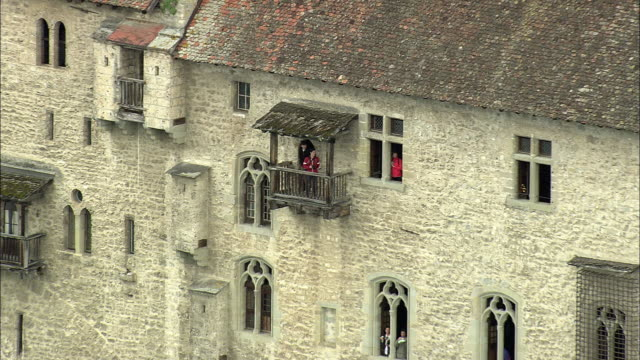 stockvideo's en b-roll-footage met aerial zo chateau de chillon by lake geneva, chillon, vaud, switzerland - rond de 12e eeuw