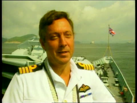 vidéos et rushes de chatham arrives ahead of handover of colony to china hong kong hms chatham arrives ahead of handover of colony to china captain chris clayton... - colony