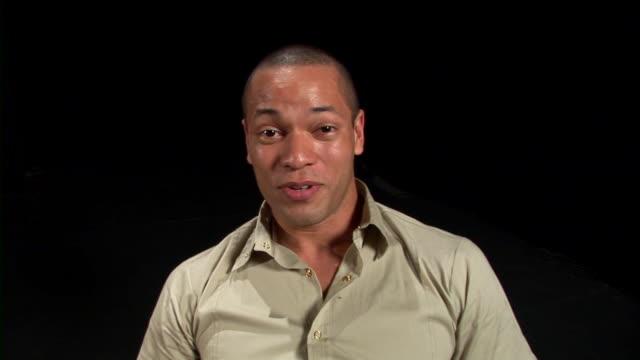 vídeos de stock, filmes e b-roll de hd: conversar - teatro amador