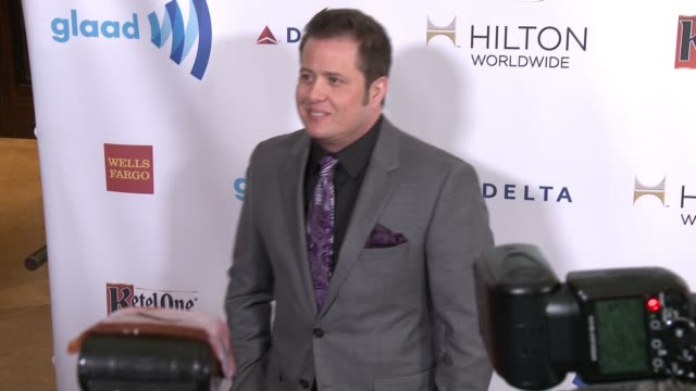 chaz bono at the 25th annual glaad media awards at the beverly hilton hotel on april 12 2014 in beverly hills california - ビバリーヒルトンホテル点の映像素材/bロール